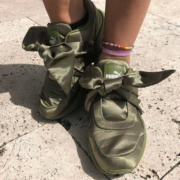separation shoes a3d8e f592e Puma Fenty Green Bow Sneakers